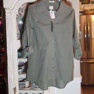 NWT CHICOS BUTTON DOWN TOP